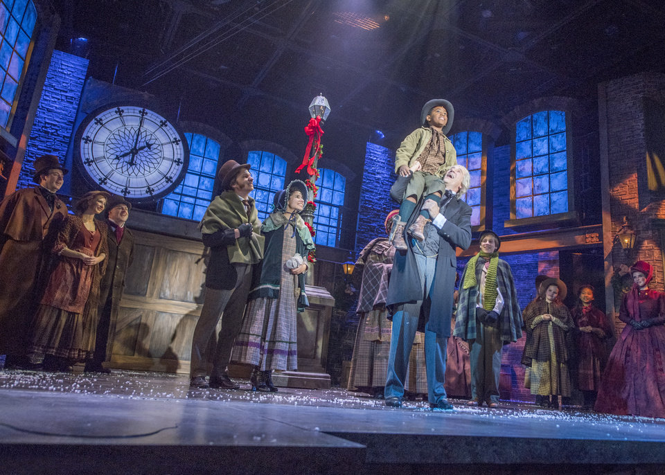Family tradition: Cast of Lyric Theatre's 'A Christmas Carol' bonds over the holidays