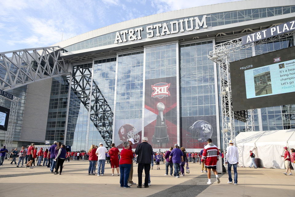 Photo - Fans enter the stadium beforethe Big 12 Championship game between the Oklahoma Sooners and the TCU Horned Frogs at AT&T Stadium in Dallas, Texas on Saturday, December 2, 2017. IAN MAULE/Tulsa World