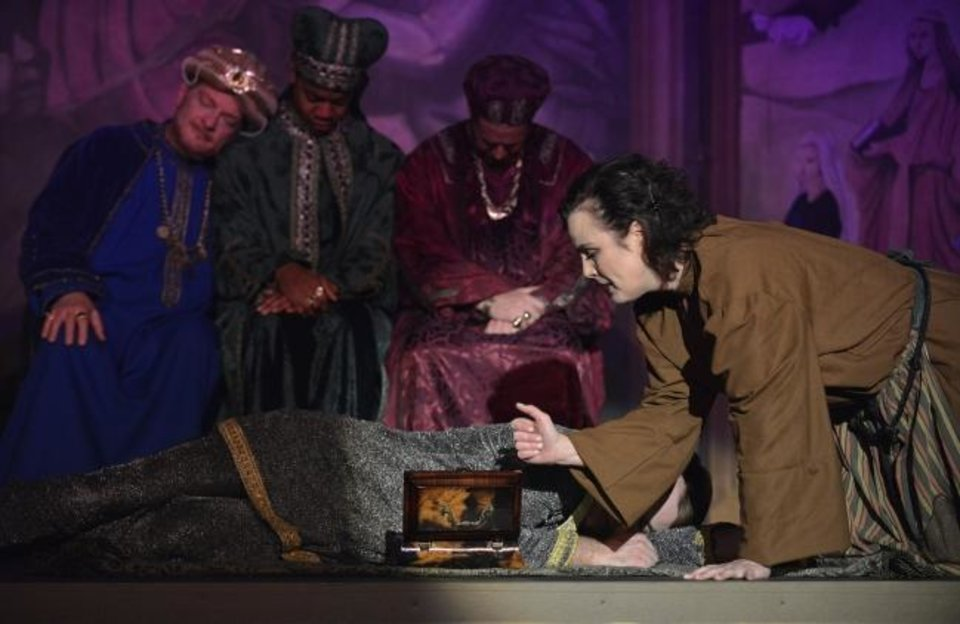 Photo -  Catherine McDaniel stars as Amahl's mother in Painted Sky Opera's