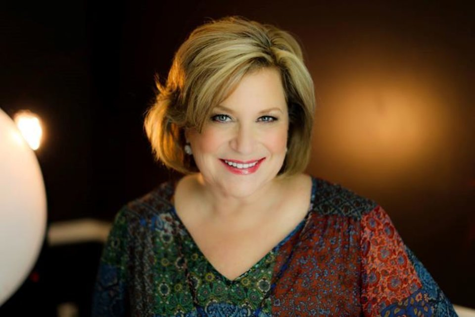 Photo - Sandi Patty