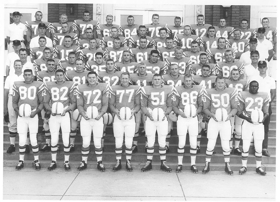 Photo - OKLAHOMA STATE UNIVERSITY (OSU) / COLLEGE FOOTBALL TEAM: Chester Pittman (23, bottom right) with the 1960 Oklahoma State Cowboys.  Photo Provided 		ORG XMIT: 0911262206429748