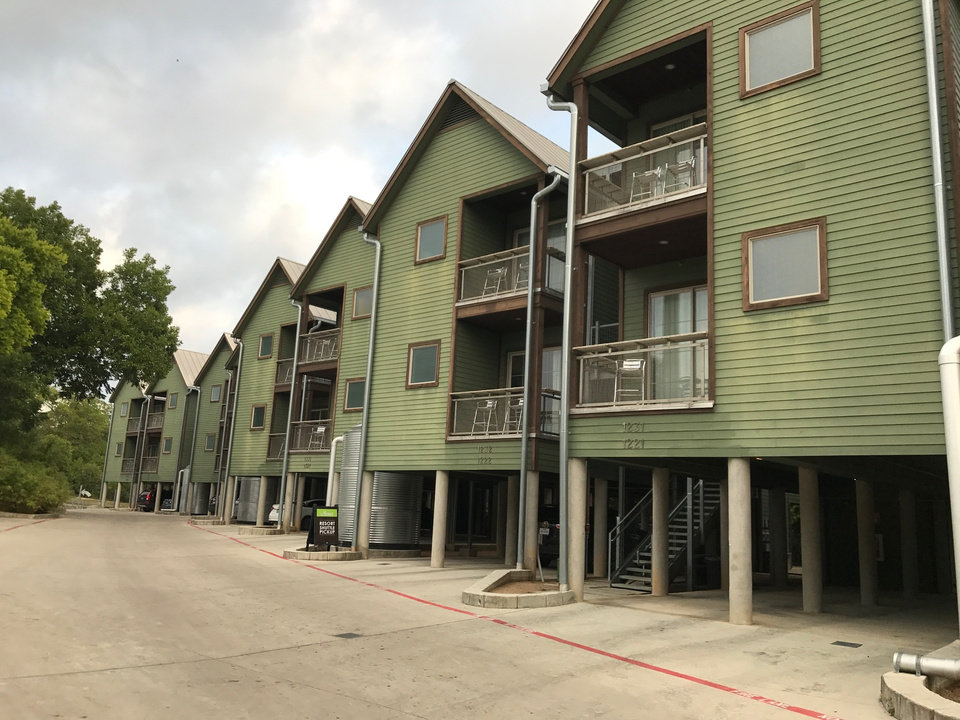 The Upscale Schlitterstein Lofts Are One Of Numerous Accommodation Choices At Schlitterbahn New Braunfels Resort Photo By Carla Hinton Oklahoman
