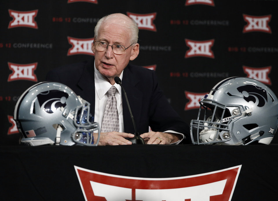 Photo - Kansas State head football coach Bill Snyder addresses attendees at the NCAA college Big 12 Conference Football Media Days Monday, July 20, 2015, in Dallas. (AP Photo/Tony Gutierrez)