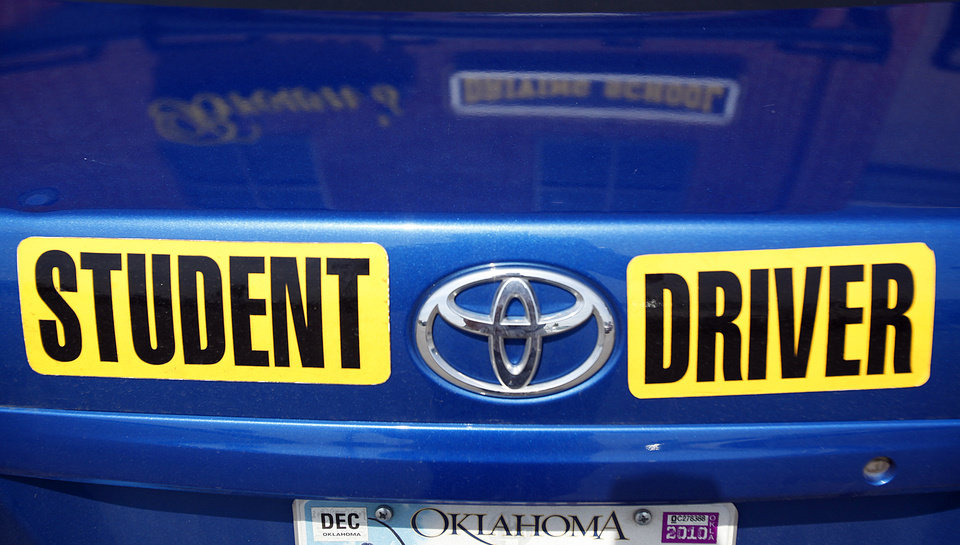 Photo - STUDENT DRIVER STICKER: The student driving car at Brown's Driving School on Thursday, June 3, 2010, in Oklahoma City, Okla.   Photo by Chris Landsberger, The Oklahoman ORG XMIT: kod