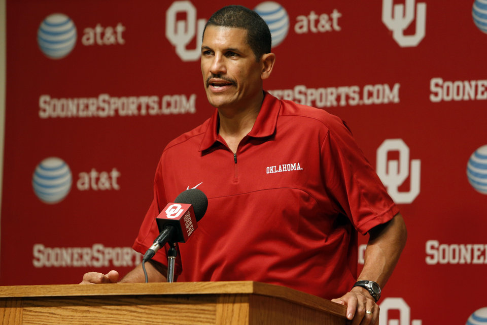 OU football: Sooners running back Brennan Clay opposed to ...
