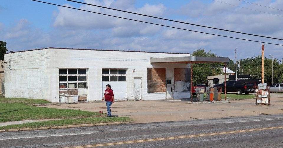 Photo -  An abandoned gas station at NE 25 and Martin Luther King Avenue in the NE 23 corridor is in one of the new economic Opportunity Zones that came with tax reform last year. [PHOTO BY DOUG HOKE, THE OKLAHOMAN]