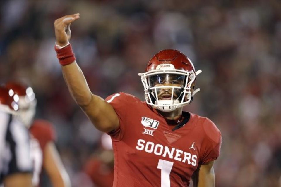 Photo -  Quarterback Jalen Hurts was one of many Oklahoma players who thought a comeback against Baylor was possible Saturday night.  The Sooners recovered from a 25-point deficit to win 34-31.  [Bryan Terry/The Oklahoman]