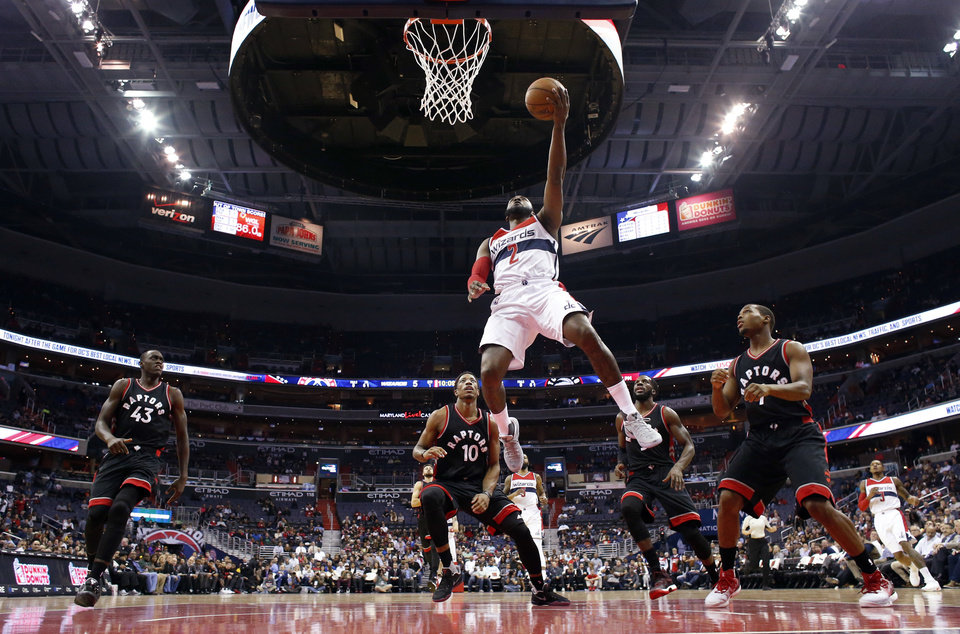 DeRozan scores 40 points as Raptors keep Wizards winless - Article Photos