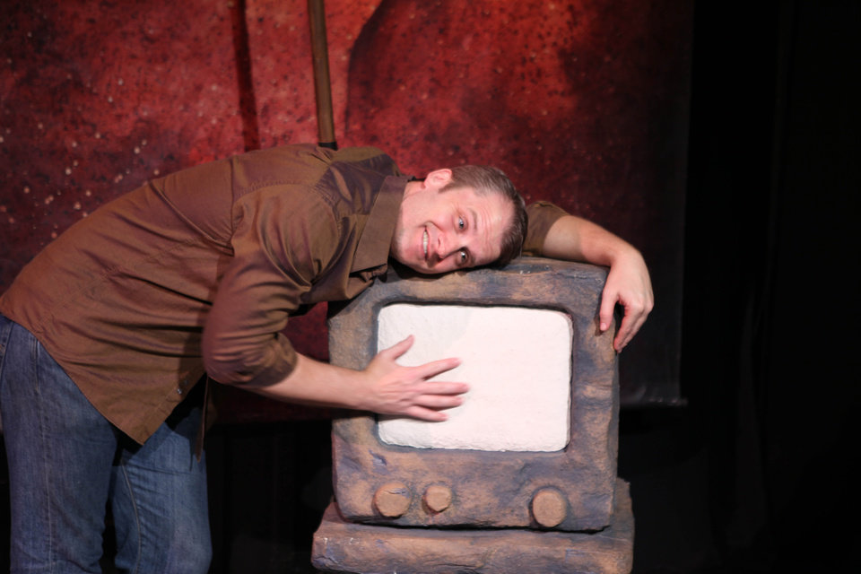 Caveman One Man Show : One man show cityrep brings back hit comedy defending the