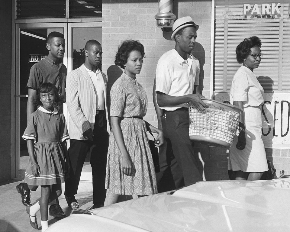 Photo - DESEGREGATION DEMONSTRATION: Civil rights