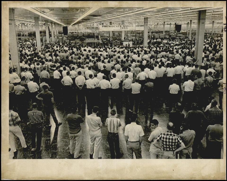 Photo -  Workers at Western Electric's Oklahoma City Works plant gathered during a 1966 event. [The Oklahoman Archives]