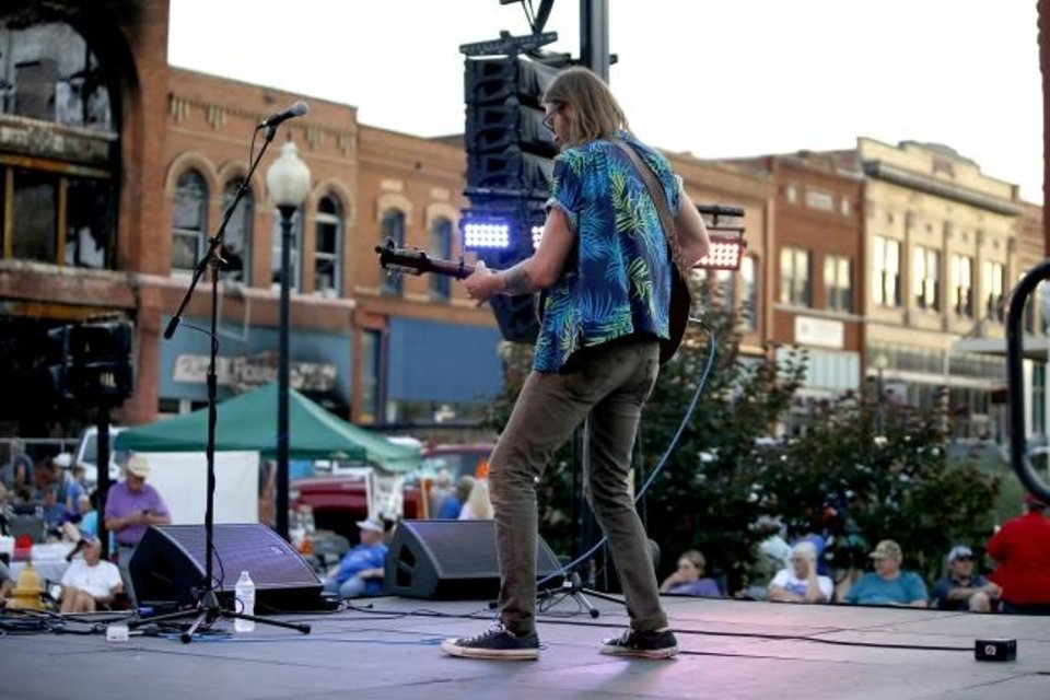 Photo -  Levi Parham performs Saturday at Red Brick Nights in Guthrie. [BRYAN TERRY/THE OKLAHOMAN]