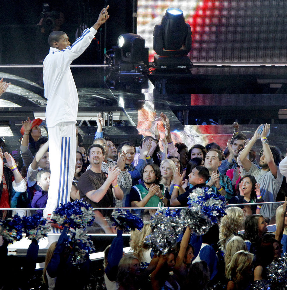 Photo - The West's Kevin Durant of Oklahoma City is introduced before the NBA All-Star basketball game at Cowboys Stadium in Arlington, Texas, Sunday, Feb. 14, 2010.  Photo by Bryan Terry, The Oklahoman