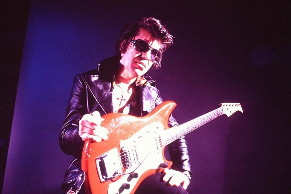Photo - Link Wray appears in