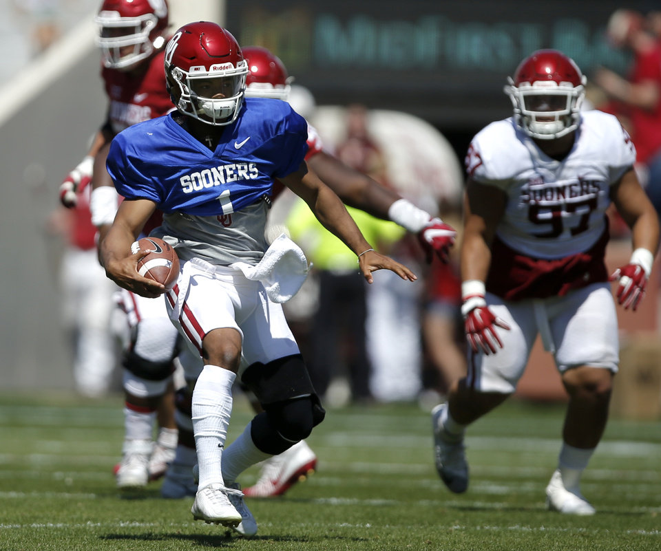 Photo - Oklahoma's Kyler Murray scrambles during the University of Oklahoma's (OU) annual spring football game at Gaylord Family-Oklahoma Memorial Stadium in Norman, Okla., Saturday, April 8, 2017. Photo by Bryan Terry, The Oklahoman