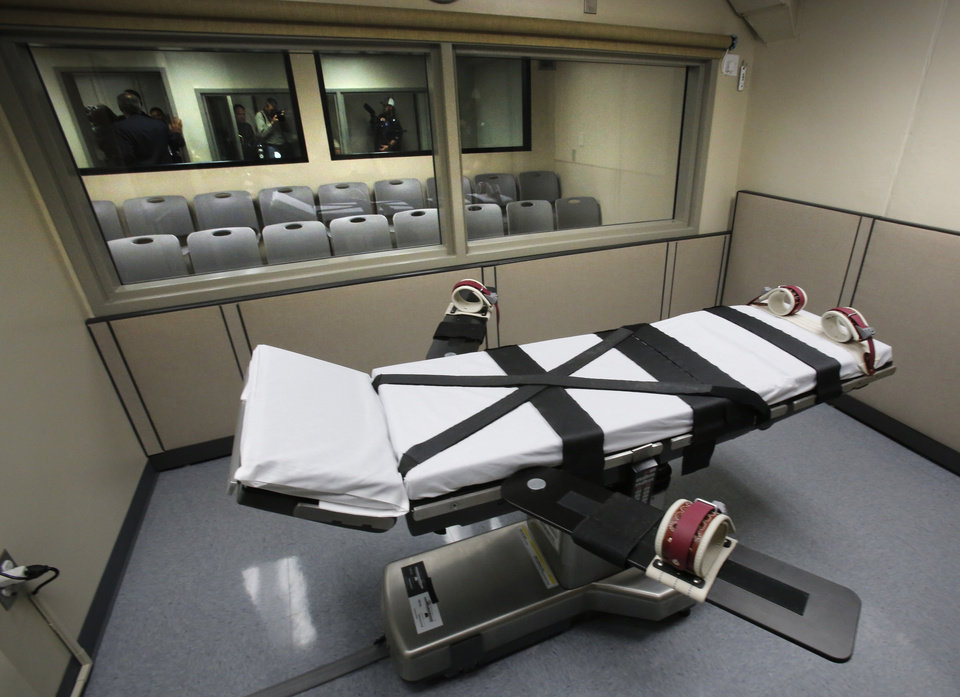 Photo -  The execution chamber at the Oklahoma State Penitentiary in McAlester is shown on October 9, 2014. Photo by David McDaniel, The Oklahoman