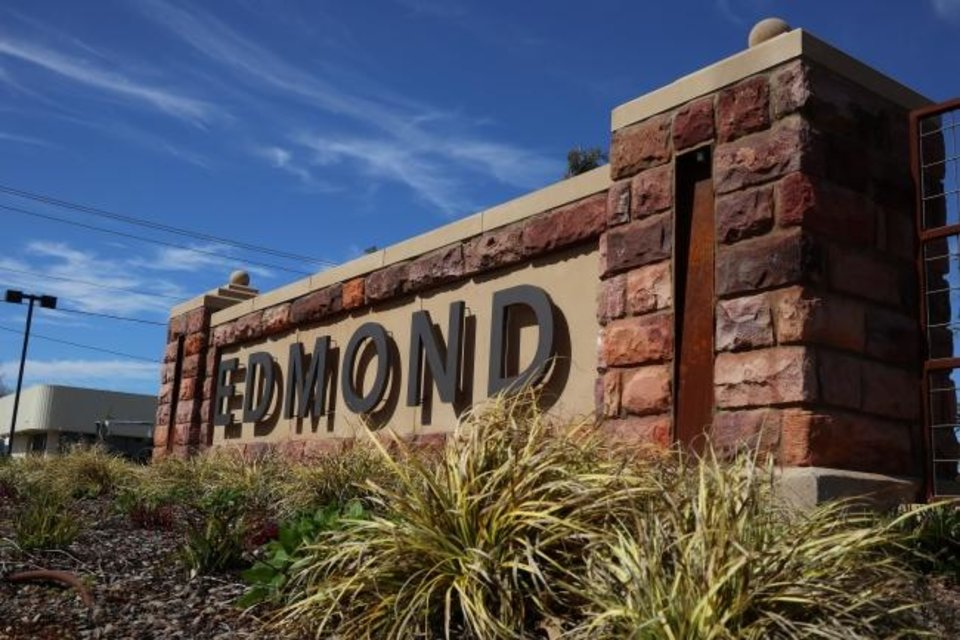 Photo -  The Edmond City Council has called a special meeting for Monday to discuss changes to the city's emergency declaration related to COVID-19. [DOUG HOKE/THE OKLAHOMAN]