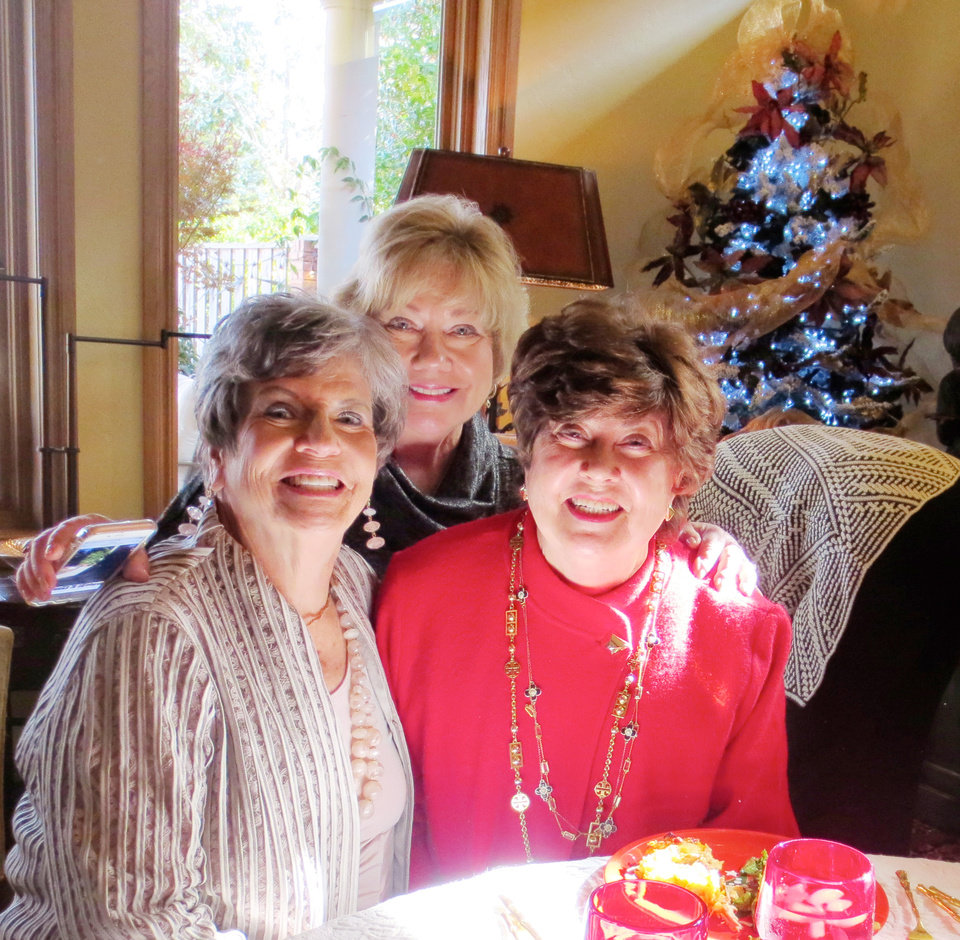 Photo - Pat Timberlake, Patti Marshall and Kay Oliver. PHOTO BY HELEN FORD WALLACE, THE OKLAHOMAN