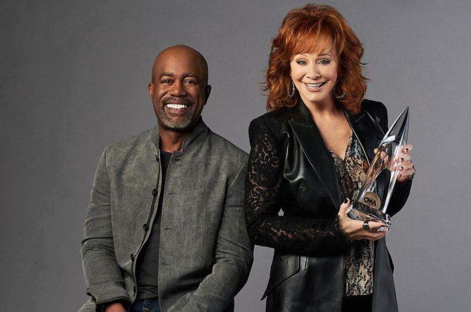 Photo - Reba McEntire and Darius Rucker [ABC photo]