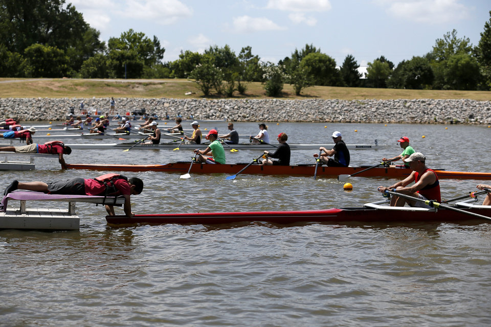 Photo -  Teams line up for the Mixed Masters 4x Final during the 2016 Stars and Stripes River Festival.