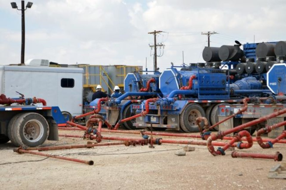 Photo -  Crews rig up a Bosque Systems Well Shock treatment job on saltwater disposal well in Big Lake, Texas.
