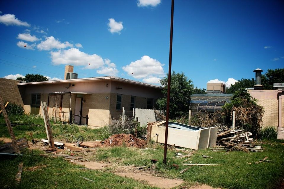 24 creepy but beautiful abandoned places in Oklahoma