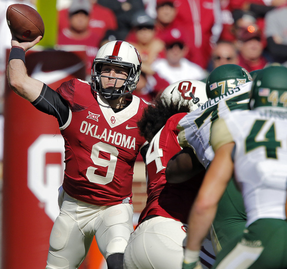 oklahoma football knight injury has ended career of other players oklahoma s trevor knight 9 throws the ball during the college football game between the