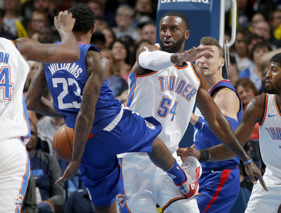 new styles f8be9 87540 Thunder vs Clippers - Photo Gallery