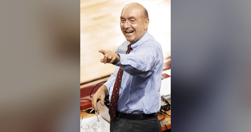 Dick Vitale will be honored at the Wayman Tisdale Award banquet. AP photo