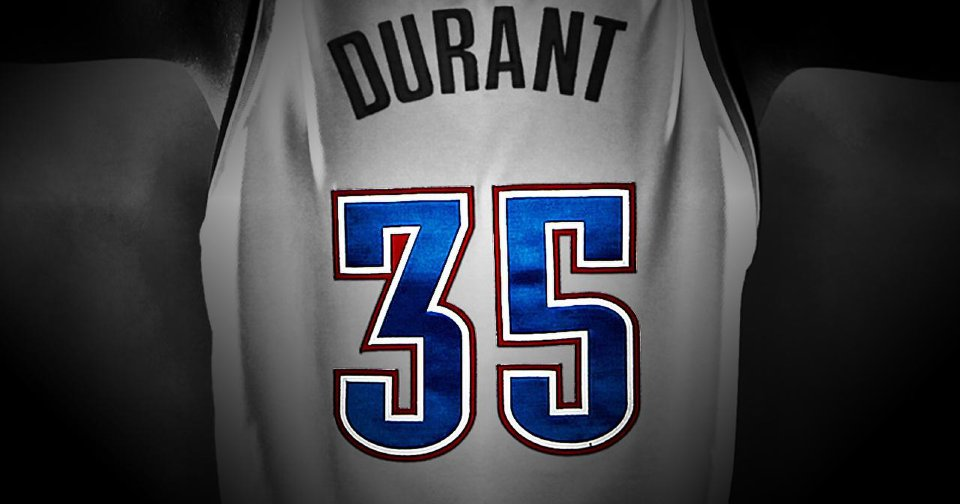 63d576845 The story behind a jersey number and Kevin Durant s devotion to his coach