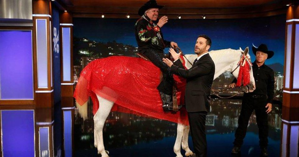 Video Gary Busey Rides A Horse On Jimmy Kimmel Live To Announce He Will Join Season 21 Of Dancing With The Stars