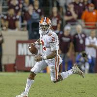 COLLEGE STATION, TX - SEPTEMBER 08: Kelly Bryant #2 of the Clemson Tigers rolls out looking for a receiver against the Texas A&M Aggies at Kyle Field on September 8, 2018 in College Station, Texas. (Photo by Bob Levey/Getty Images)