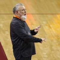 Oklahoma State coach Jim Littell shouts instructions during a 66-53 at OU on Dec. 15. [Bryan Terry/The Oklahoman]
