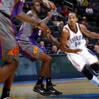 Shaun Livingston (14) played a combined 18 games for the Thunder in the 2008-09 and 2009-10 seasons. [Chris Landsberger/The Oklahoman archives]
