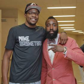 A couple of former Oklahoma City Thunder players and potentialfuture Hall of Famers, Kevin...