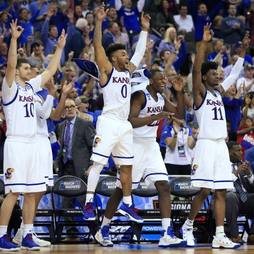 Kansas smashes Purdue, advances to Elite 8