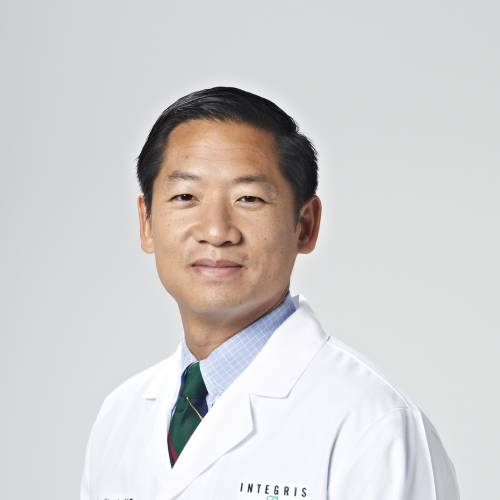 Bariatric Surgeon Hamilton S. Le, M.D., received his medical degree from the University of Texas Health Sciences Center at Houston. He completed an internship and residency in general surgery with the University of Oklahoma Department of Surgery and a fellowship in minimally invasive surgery and bariatric surgery at The Johns Hopkins Hospital in Maryland. Dr. Le specializes in minimally invasive laparoscopic and robotic surgery for bariatric and foregut disorders (Nissen fundoplication, Hiatal Hernia, and ventral or groin hernias). General Surgery Bariatric Surgery