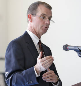 In this 2015 file photo, Terry Cline addresses guests during an Oklahoma Health Improvement Plan 2020 launch at Noble High School. (Photo By Steve Gooch, The Oklahoman)
