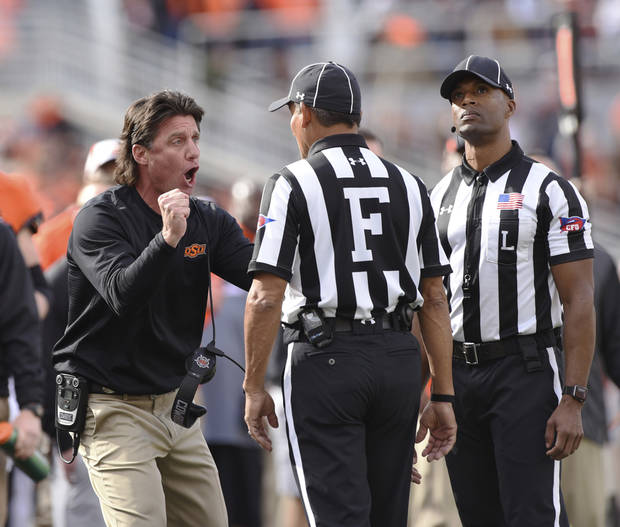 OSU coach Mike Gundy has phone conversations with Tennessee