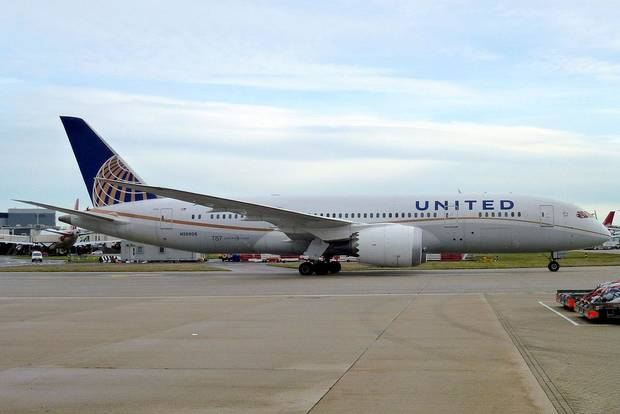 Passenger sues United over seat switch