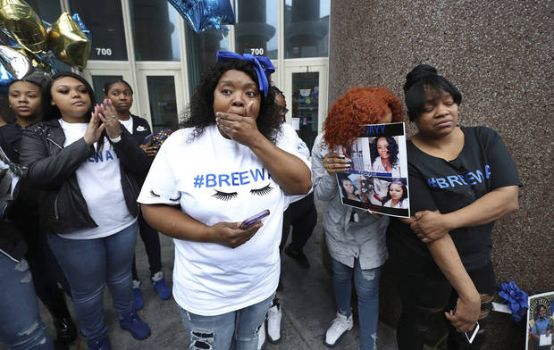 Attorney: Breonna Taylor 'executed' by police in her home