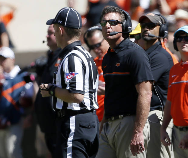 Should Mike Gundy have taken off his shirt in the Central Michigan game?