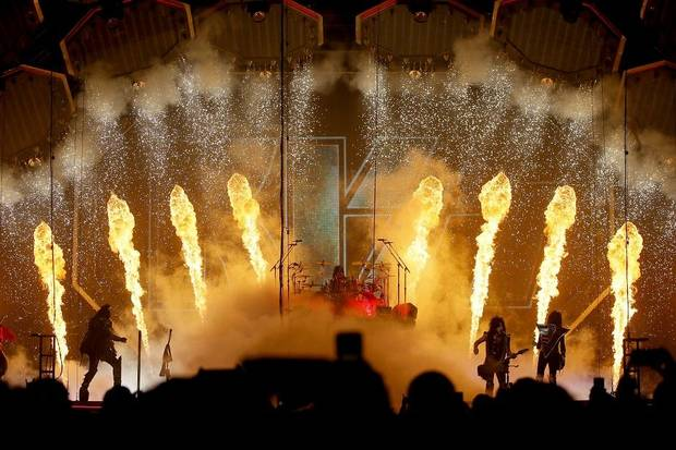 Concert review and photos: KISS makes 'End of the Road' OKC