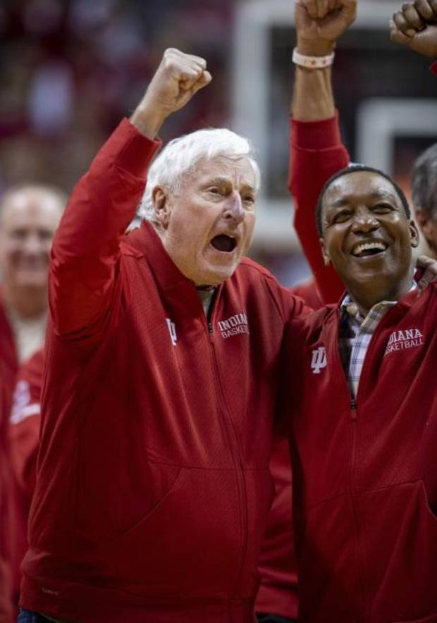 College Basketball Notebook: Bob Knight returns to Indiana for first time in 20 years
