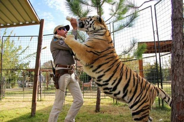 10 dead at Joe Exotic's prison from virus outbreak