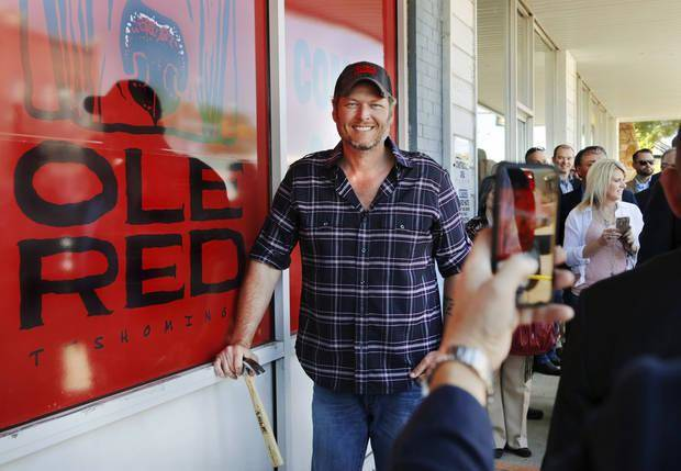 Blake Shelton poses in front of the building where his business venture, Ole Red Tishomingo, will be located. The grand opening festivities are planned for Sept. 30. Photo by Jim Beckel, The Oklahoman Archives