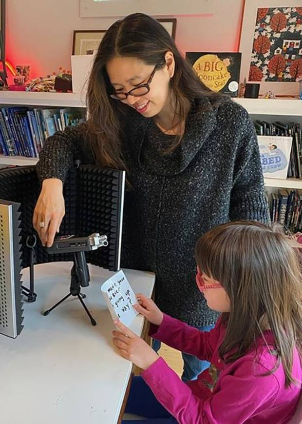 Authors spark kids' creativity online