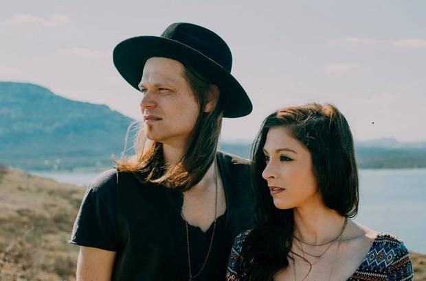 Watch: Oklahoma husband-and-wife music duo The Imaginaries release sweet music video for first single 'Thinking 'Bout You'