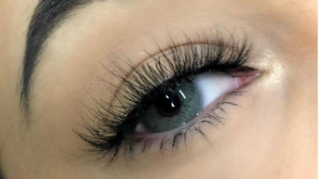 Want to pump up eyelashes? Try a serum