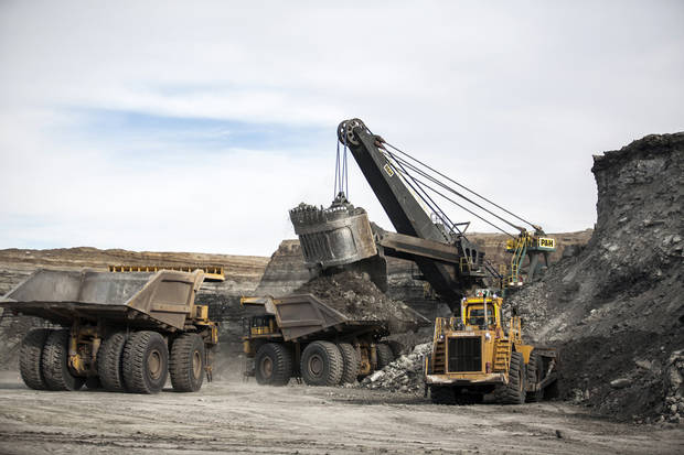 States, tribe seek to suspend coal sales on US lands